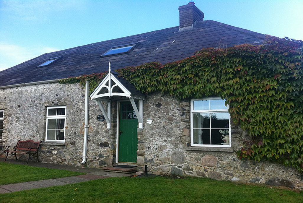 Barney's Cottage, Self Catering, Newcastle, Co Down