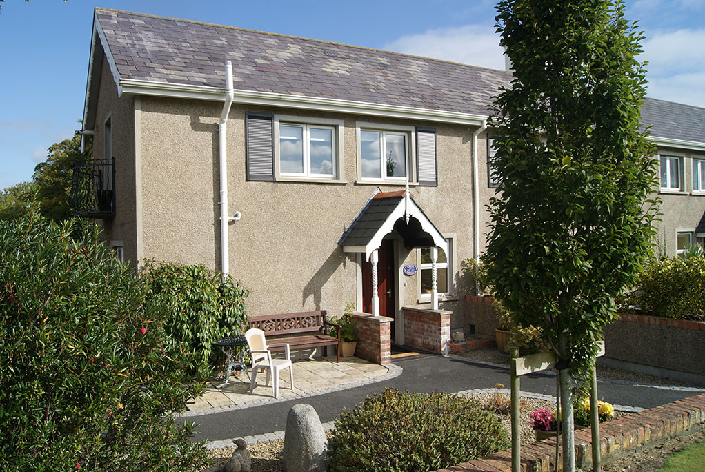 April Cottage, Self Catering, Newcastle Co Down