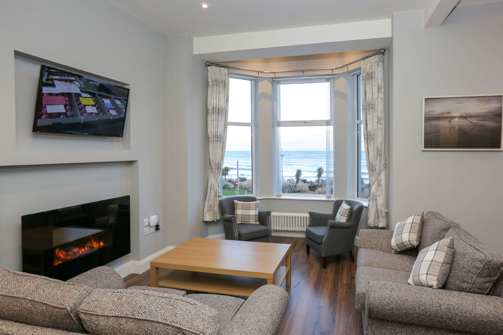 Ben Crom, Sea Breeze Apartments, Self Catering, Newcastle, Co Down