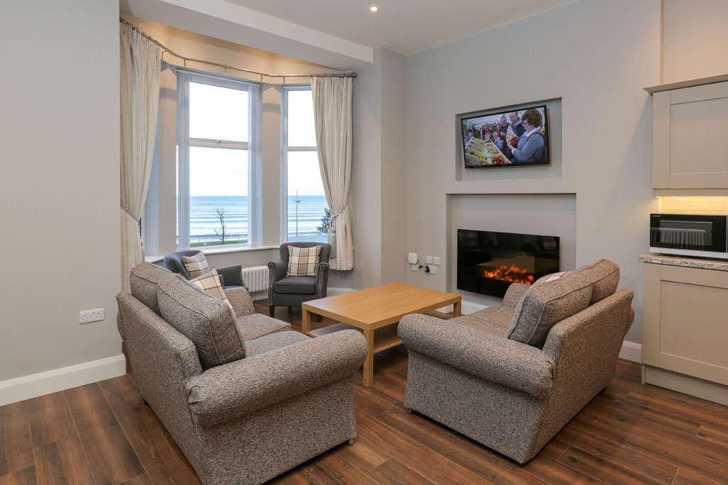 Slieve Gullion, Sea Breeze Apartments, Self Catering, Newcastle, Co Down