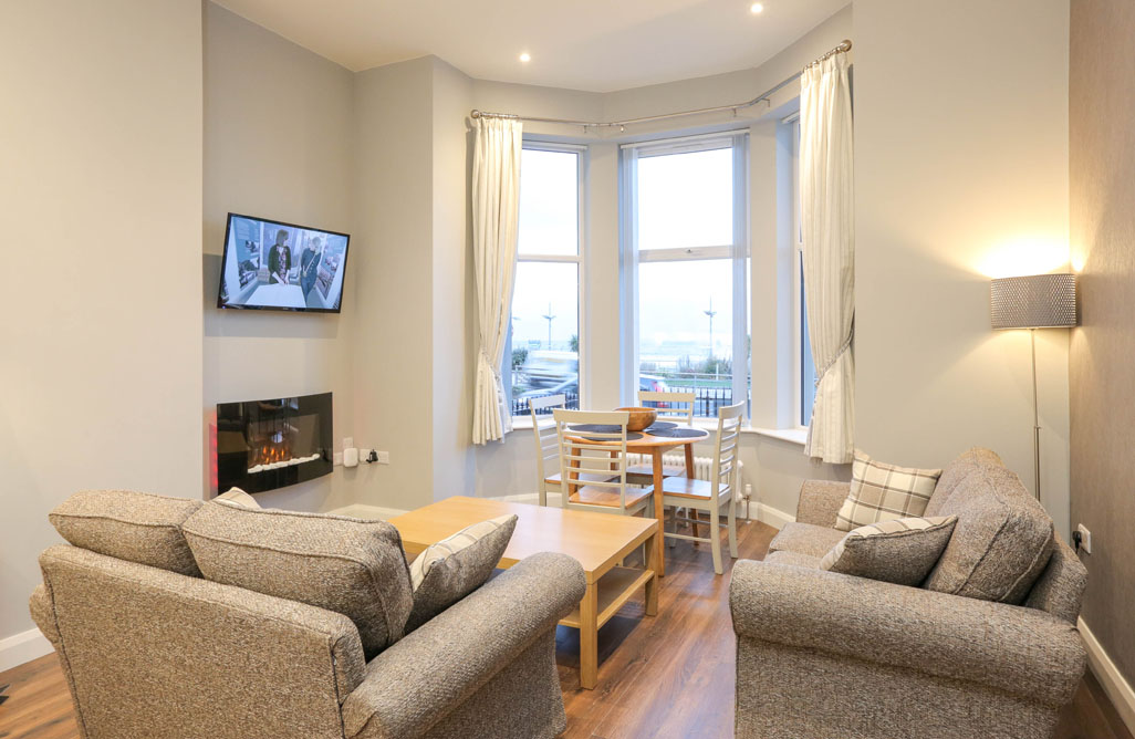 Slieve Corragh, Sea Breeze Apartments, Self Catering, Newcastle, Co Down